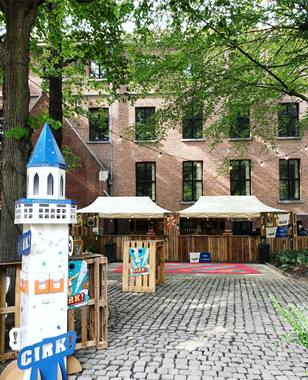 VPK produced displays and mobiles for Cirk festival